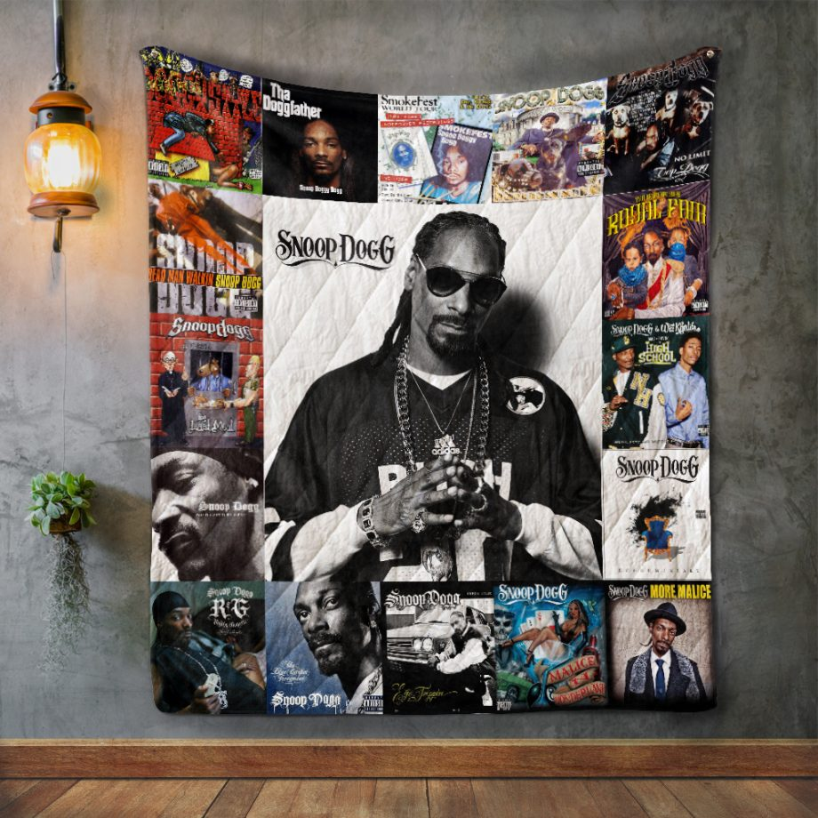 Snoop Dogg style Two Album Covers Quilt Blanket
