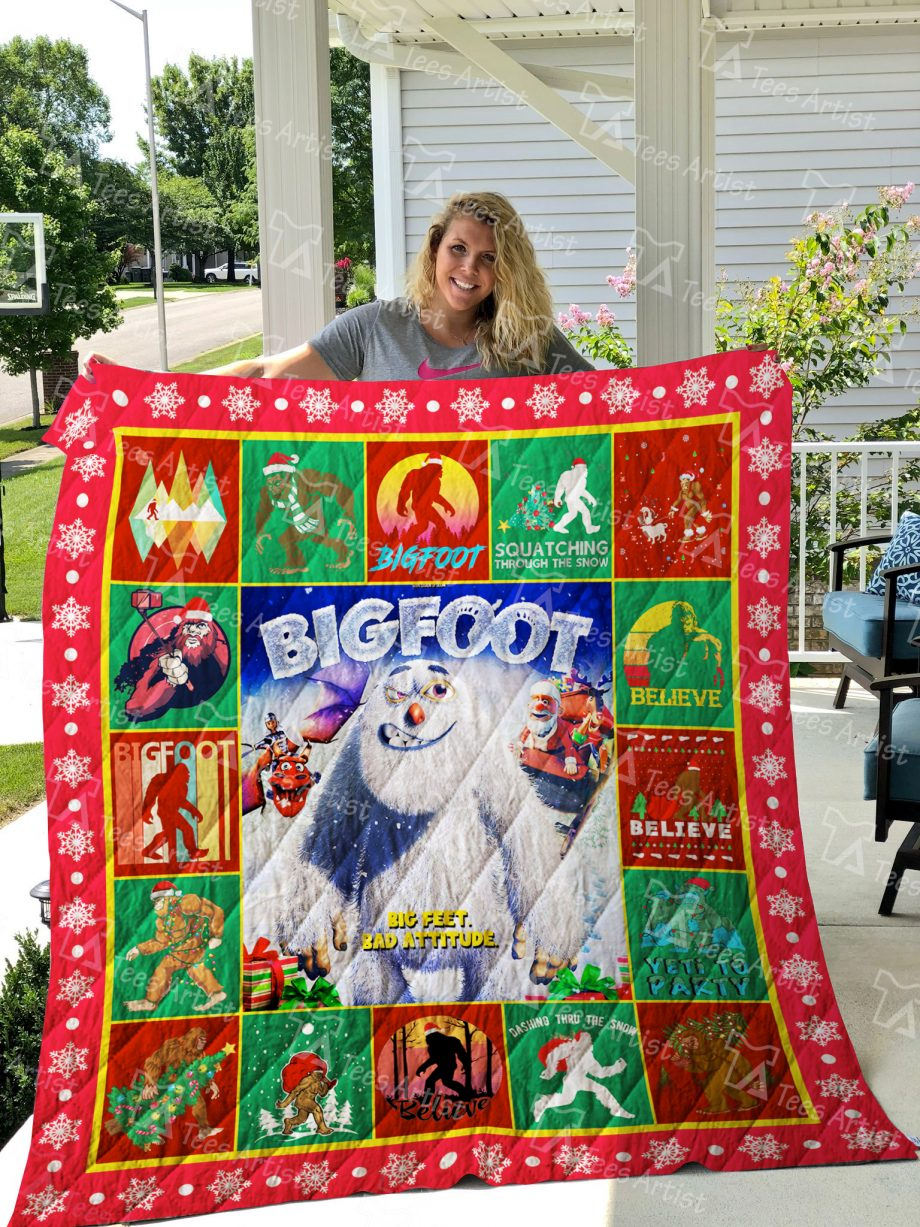 Bigfoot Quilt Blanket 01944