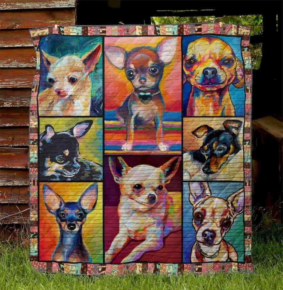 Chihuahua 4 Quilt Blanket