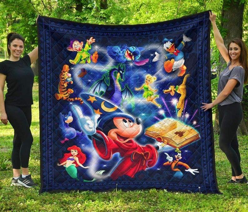 Disney Mickey Minnie Mouse And friend Quilt Blanket