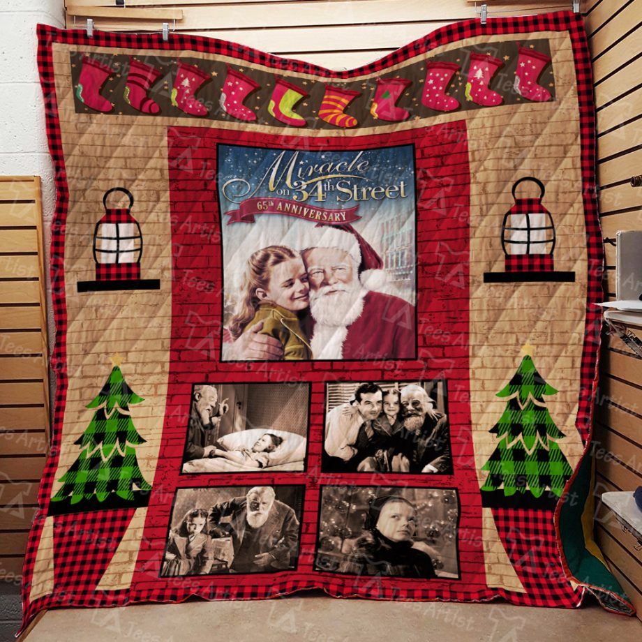 Miracle on 34th Street Quilt Blanket 01915