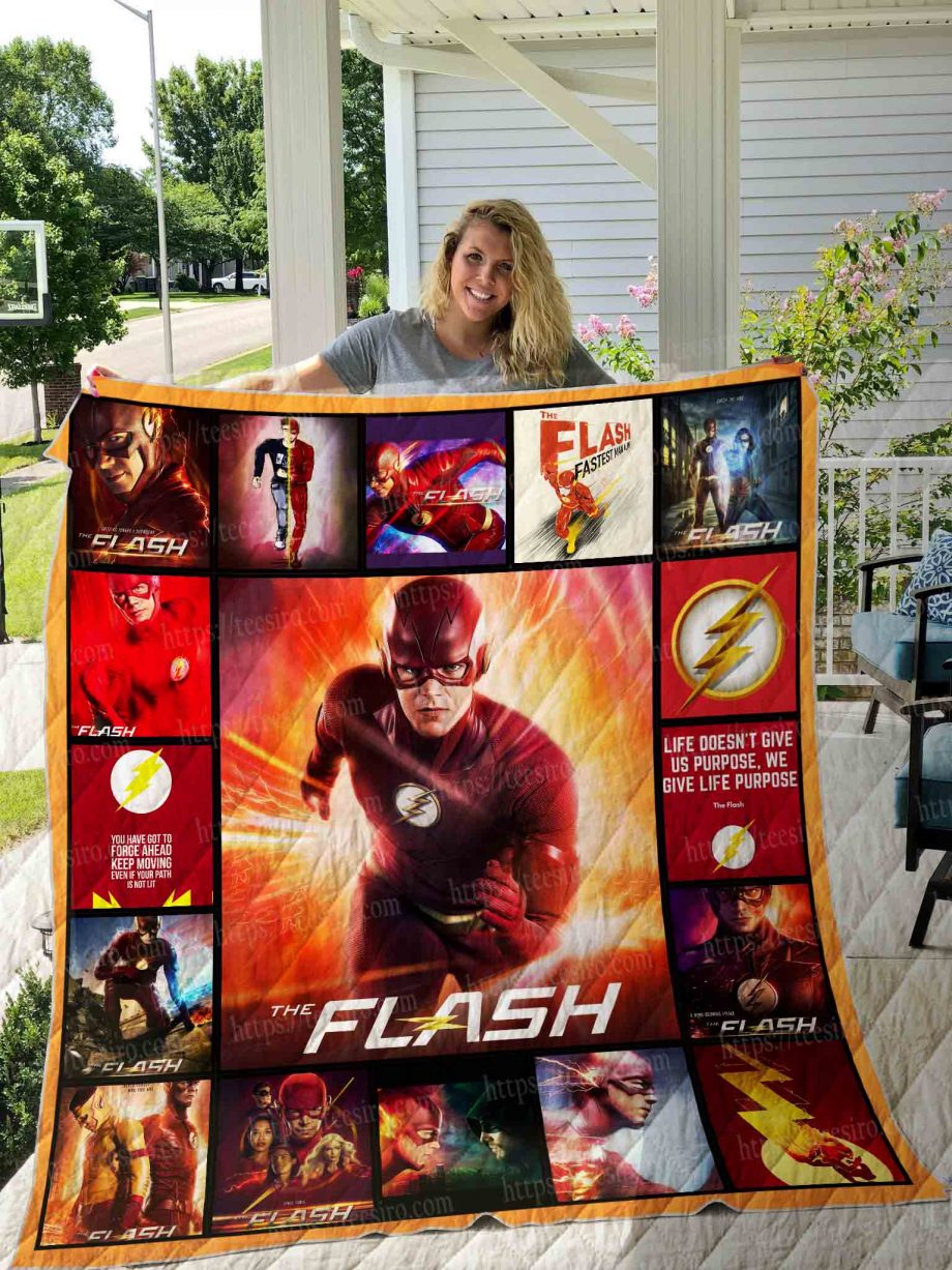 The Flash Quilt Blanket 01