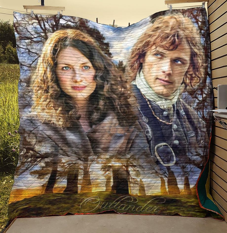 Outlander Jamie And Claire Craigh Na Dun Quilt Blanket