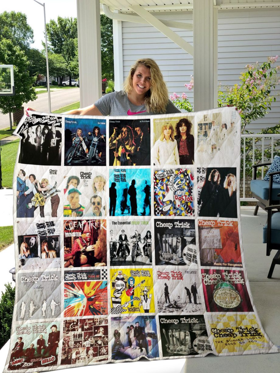 Cheap Trick Style 2 Quilt Blanket