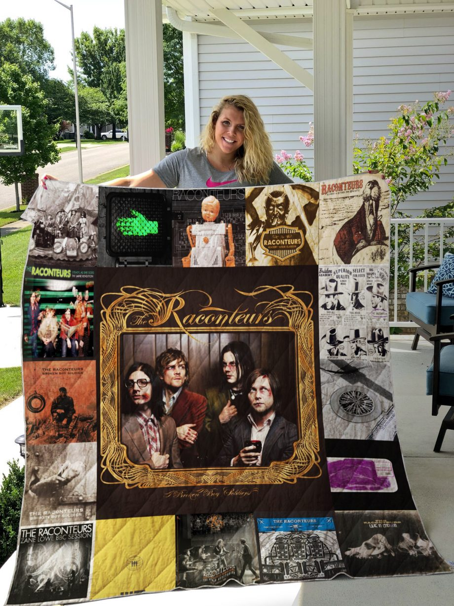 The Raconteurs tyle 2 Quilt Blanket