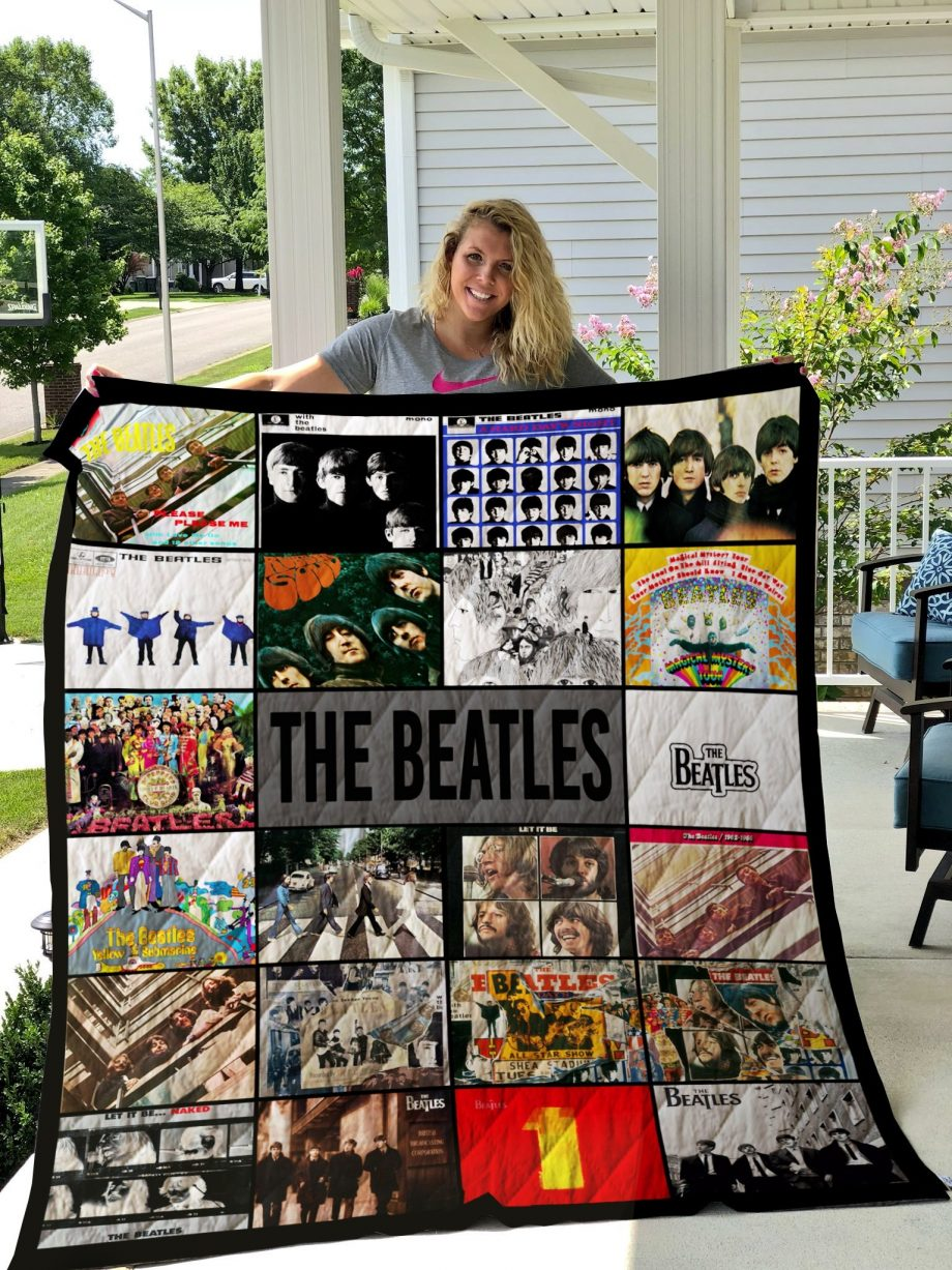 M- The Beatles Band Albums Quilt Blanket New