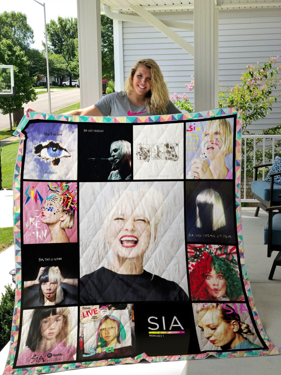 Sia Style 2 Quilt Blanket