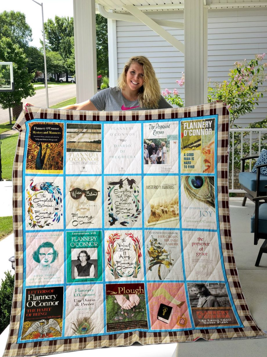 Flannery OKP8217Connor Books Quilt Blanket